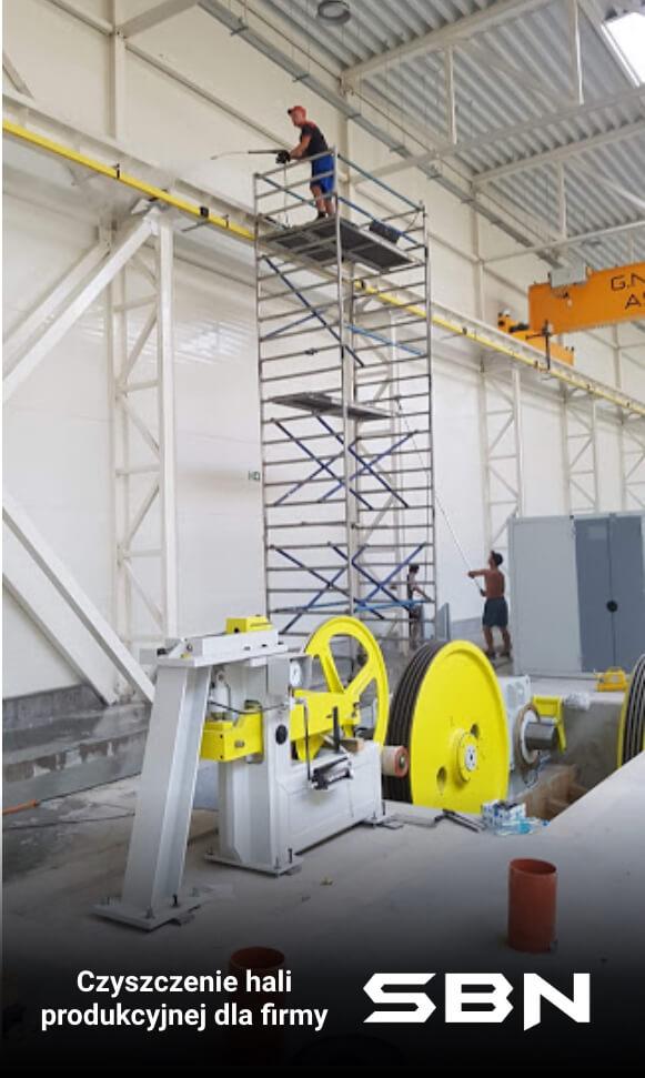 Mycie hali przemysłowej dla firmy SBN