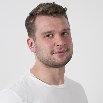 Artem Kondratev, Ohjelmistokehittäjä