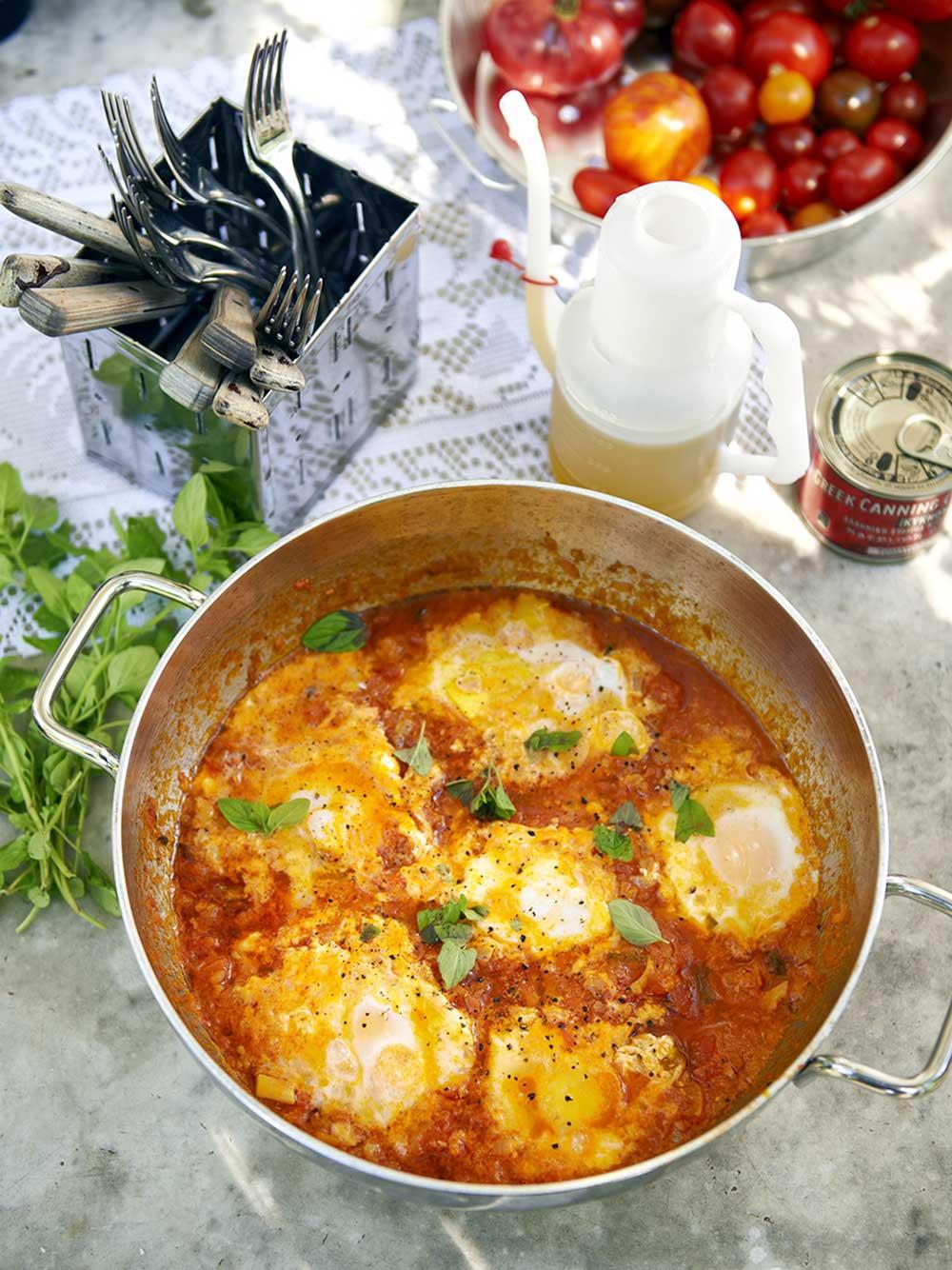 Ägg i tomatsås