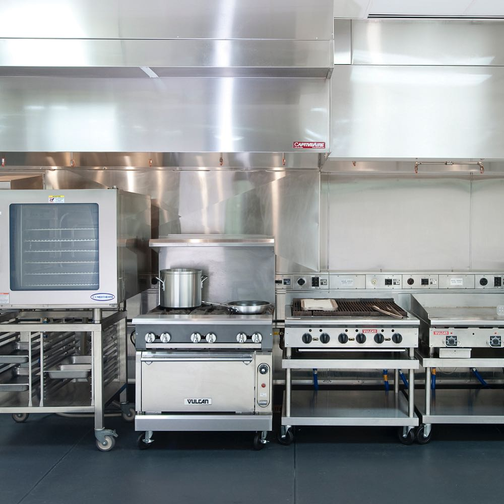 Restaurant Kitchen In San Diego After Cleaning Services From Oasis Exhaust  Hood Cleaning