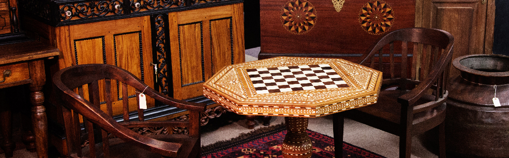 Houston Home and Garden Furniture, Lighting, and Decorative Arts Auction