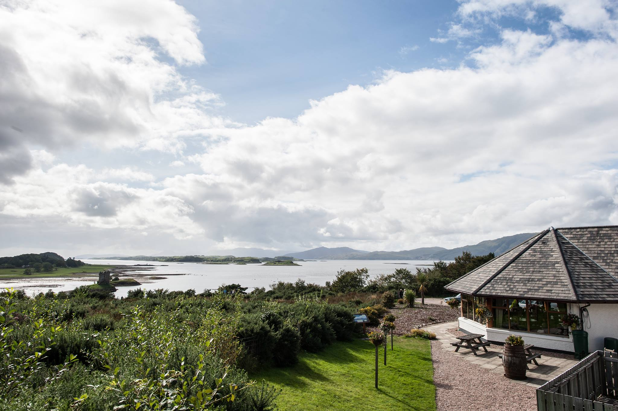 Castle Stalker View Cafe and Gift Shop