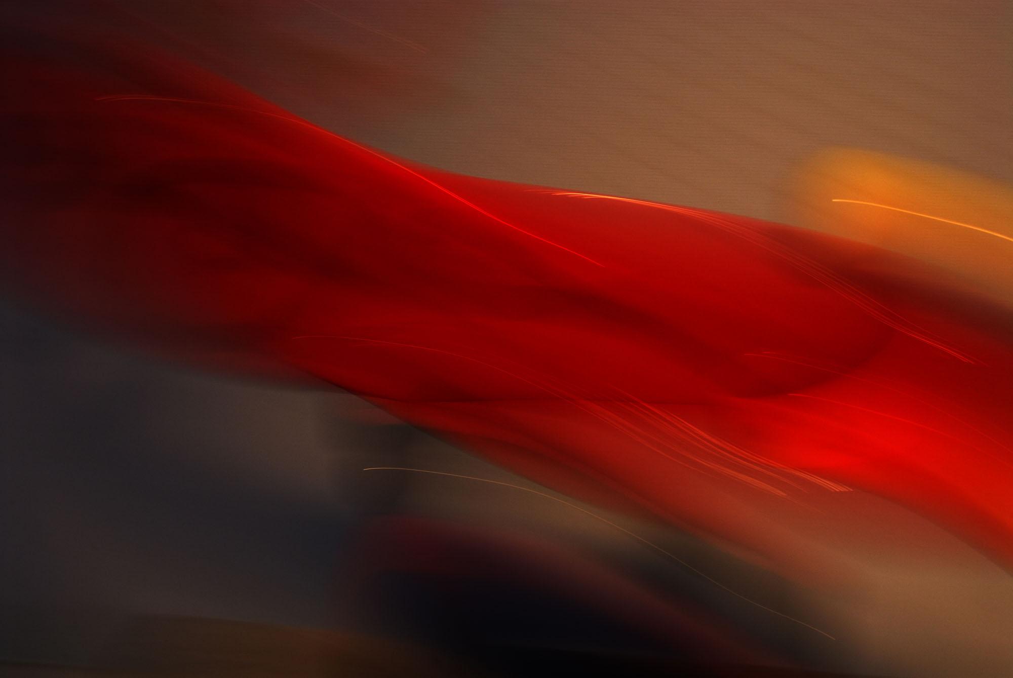 Foto van vage rode vormen als sluier