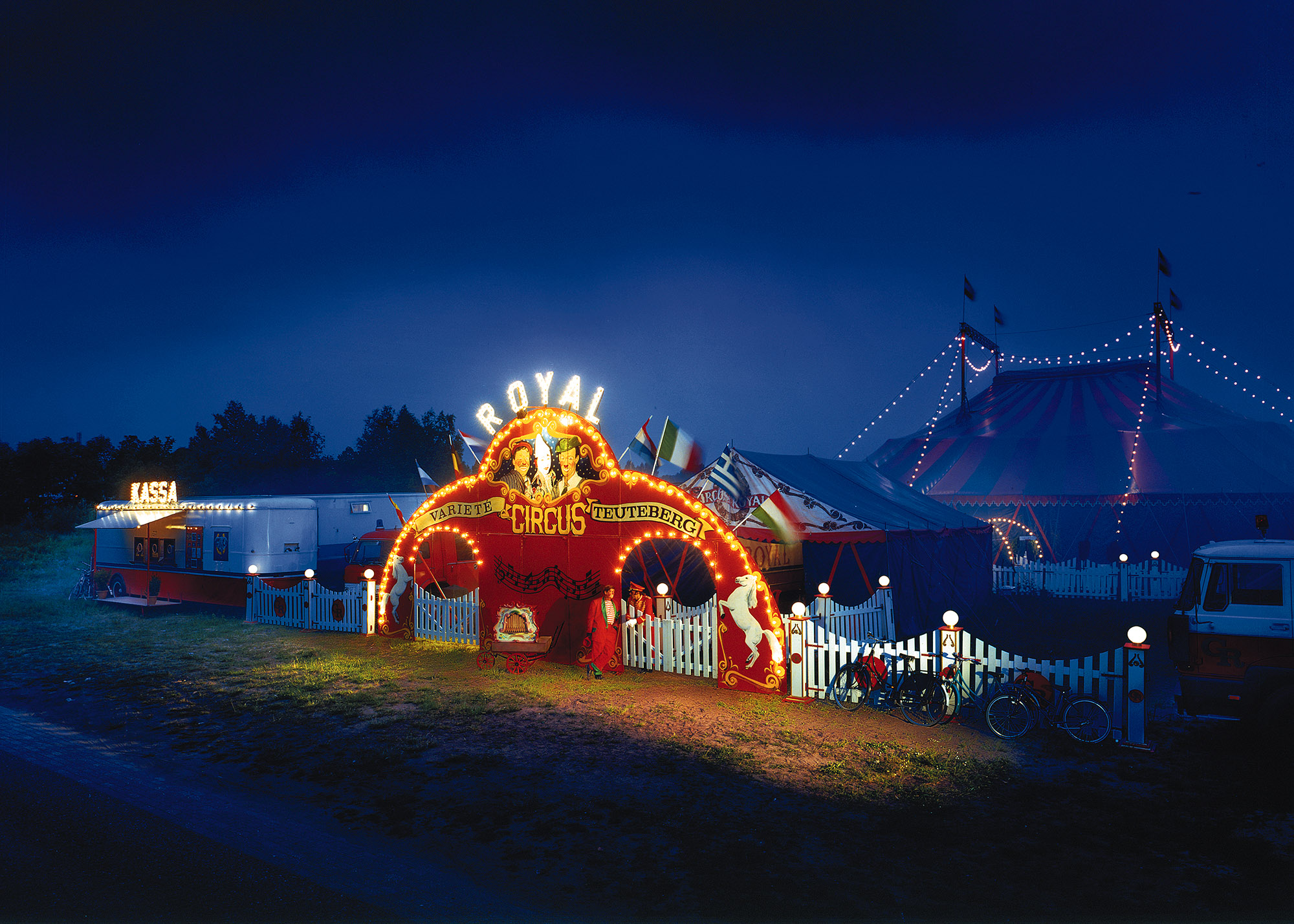 Circus Royal in de schemering