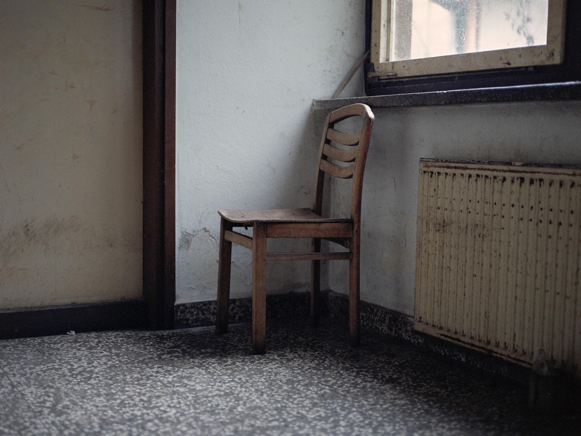 Foto van stoel in kamer