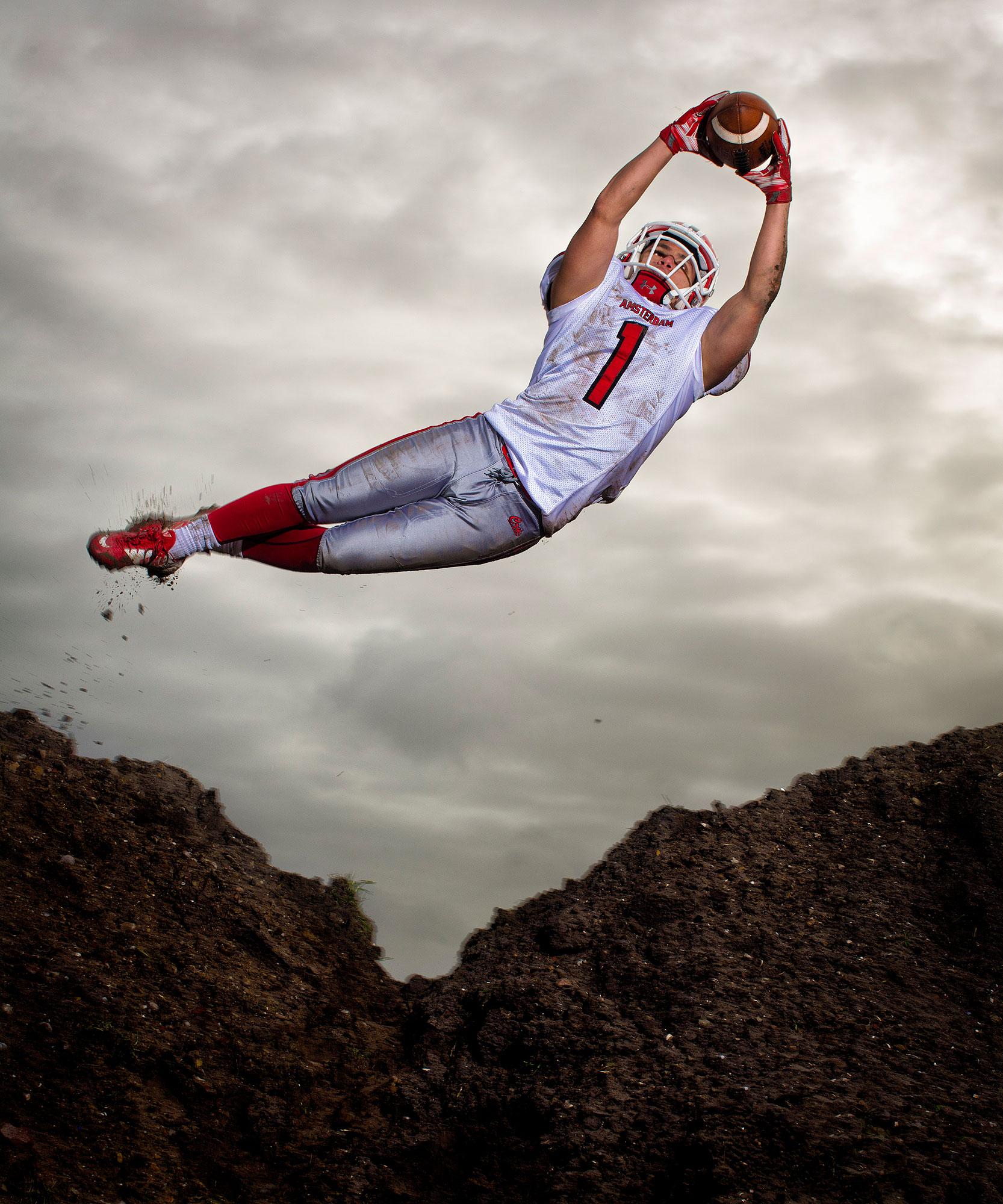 Dylan von Gerhardt in luchtsprong