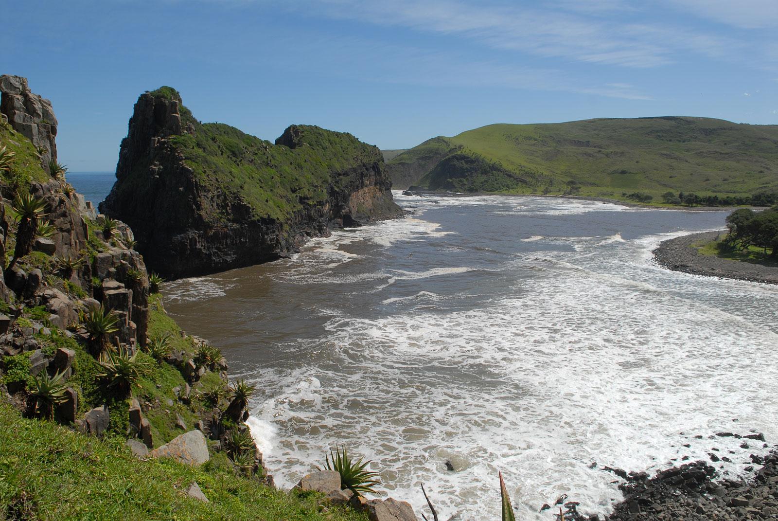 De rand van het landschap van de Wild Coast in Zuid Afrika.