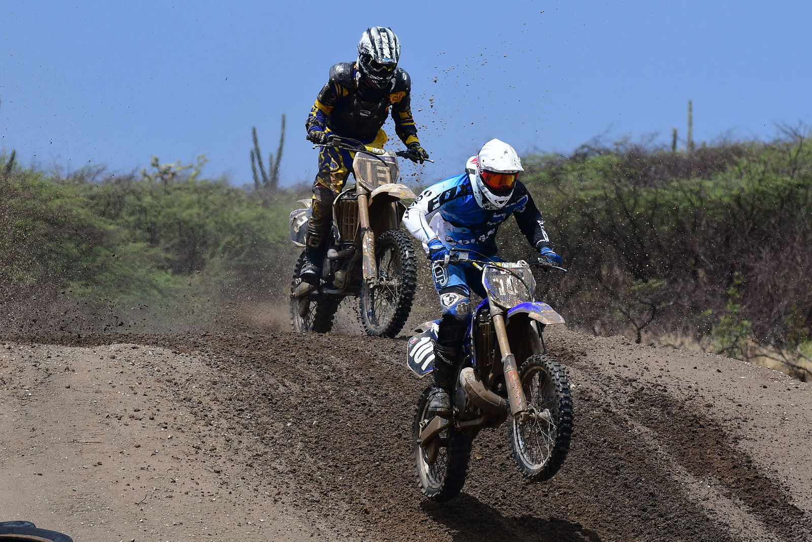 The leaders in the MX Cross held in August on the island of Curacao.