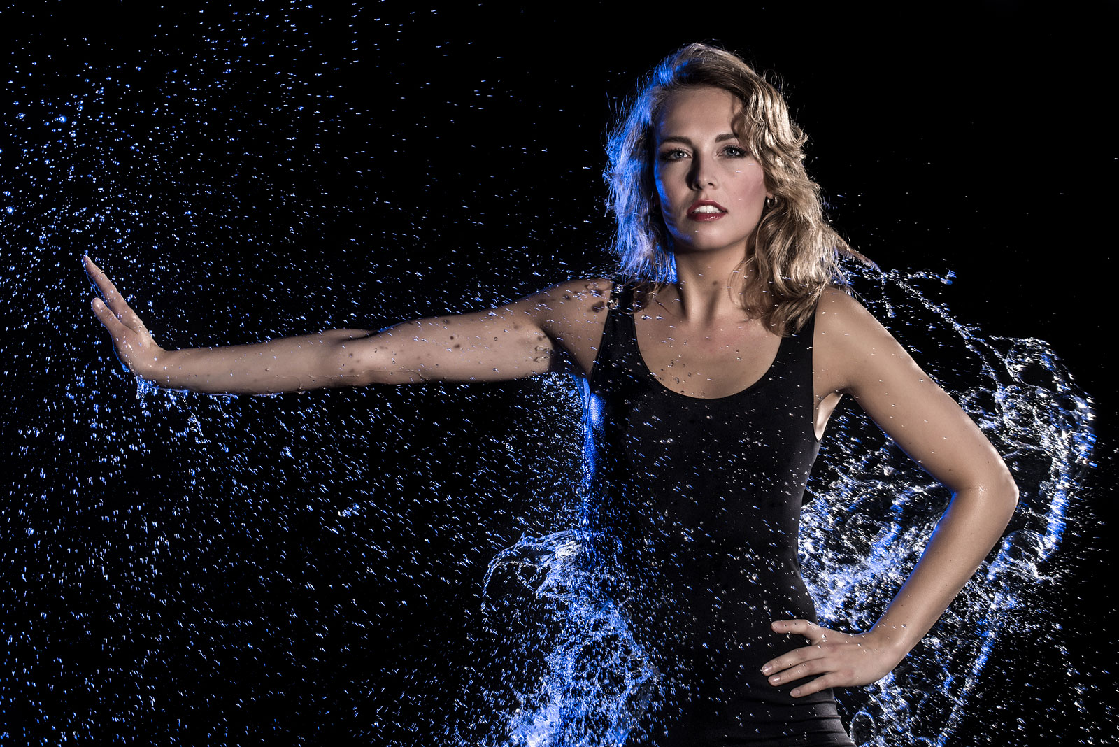 Claire, een modelcoaches, tijdens watershootevent