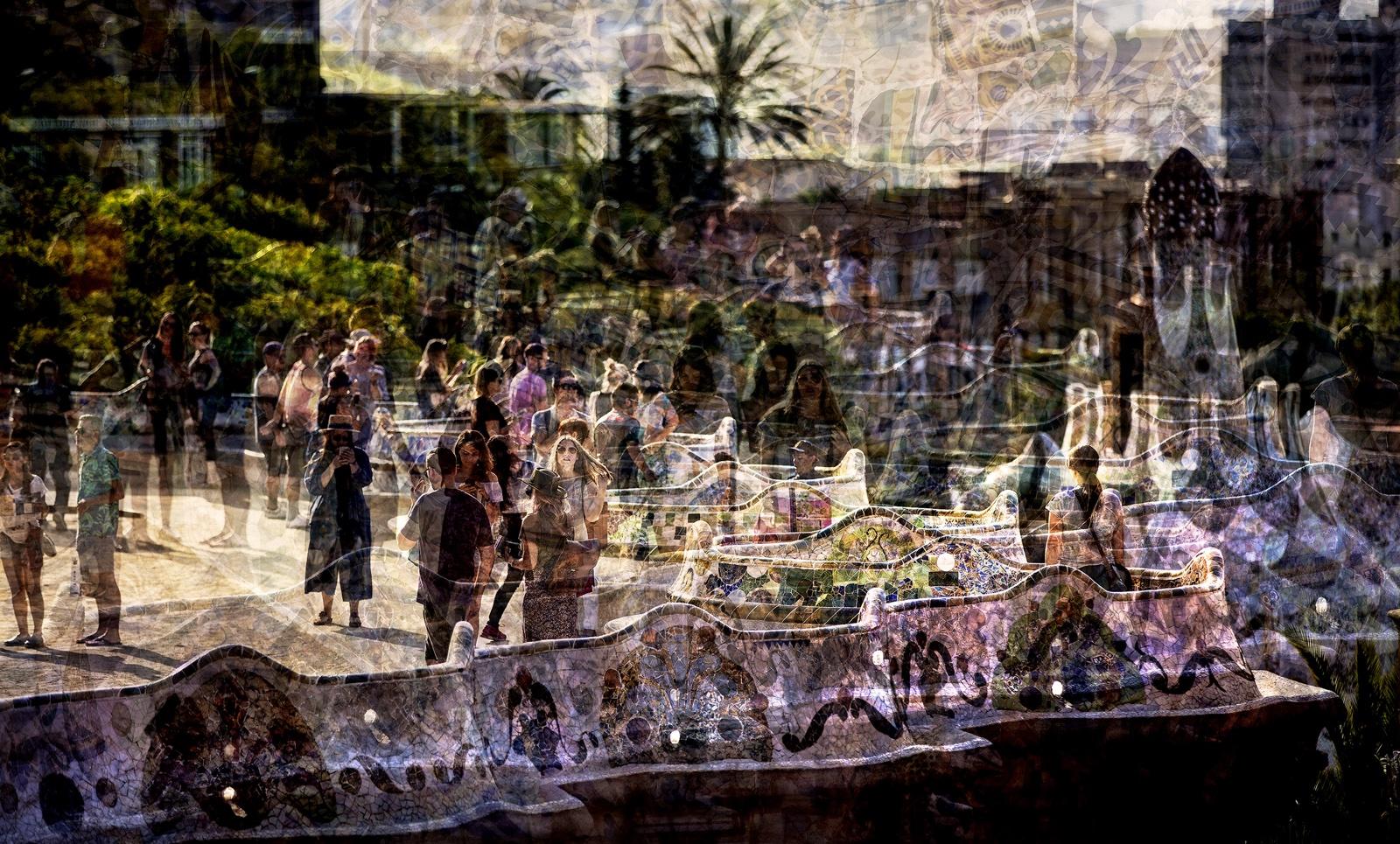 Veel mensen in Park Güell in Barcelona
