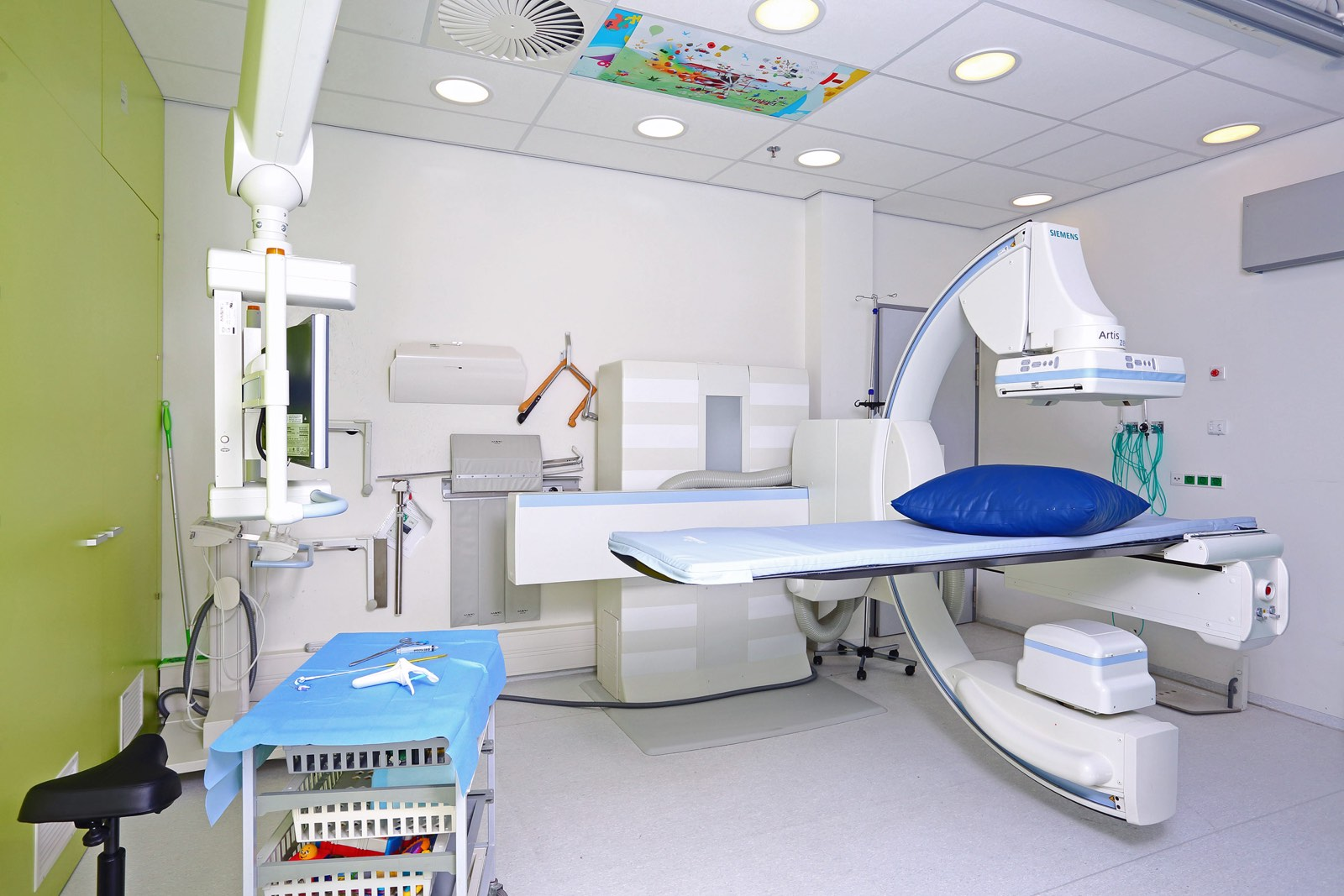 Interieur ziekenhuis behandelkamer