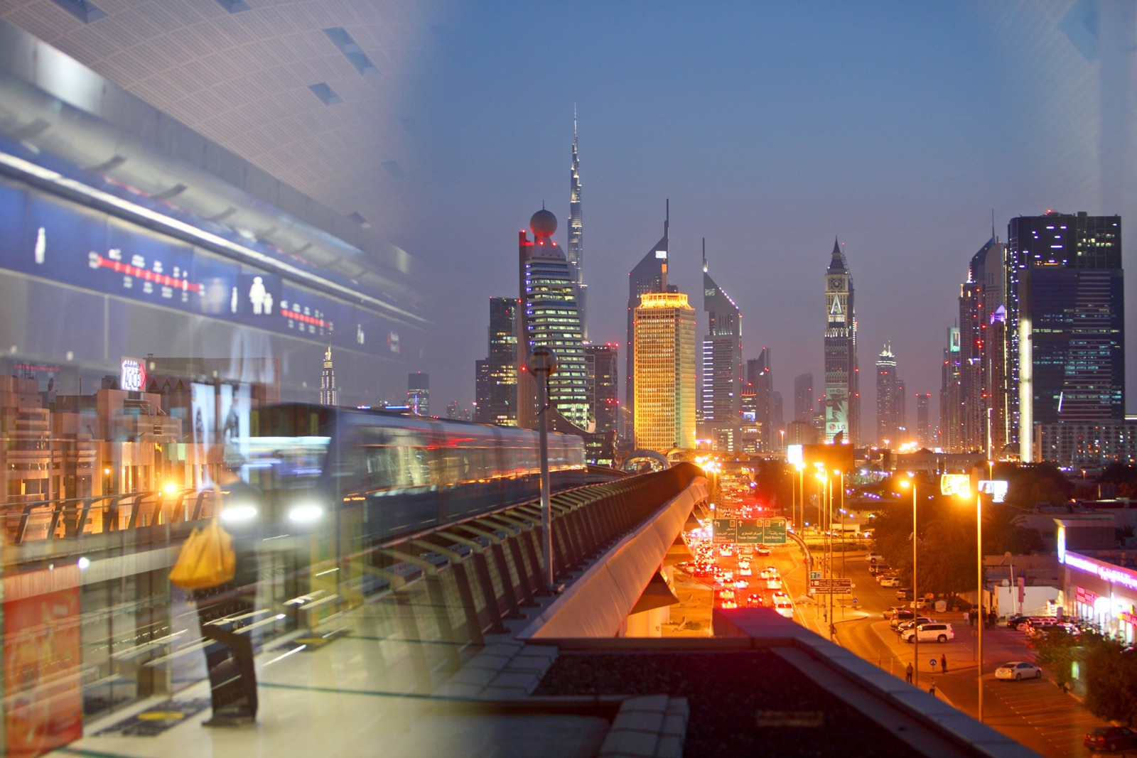 Straatfotografie in Dubai 's nachts