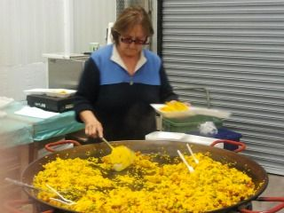 juana making paella