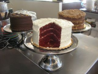 bake n broil red velvet cake