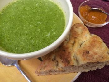 Minestra Stracciatella (Italian Spinach Soup)