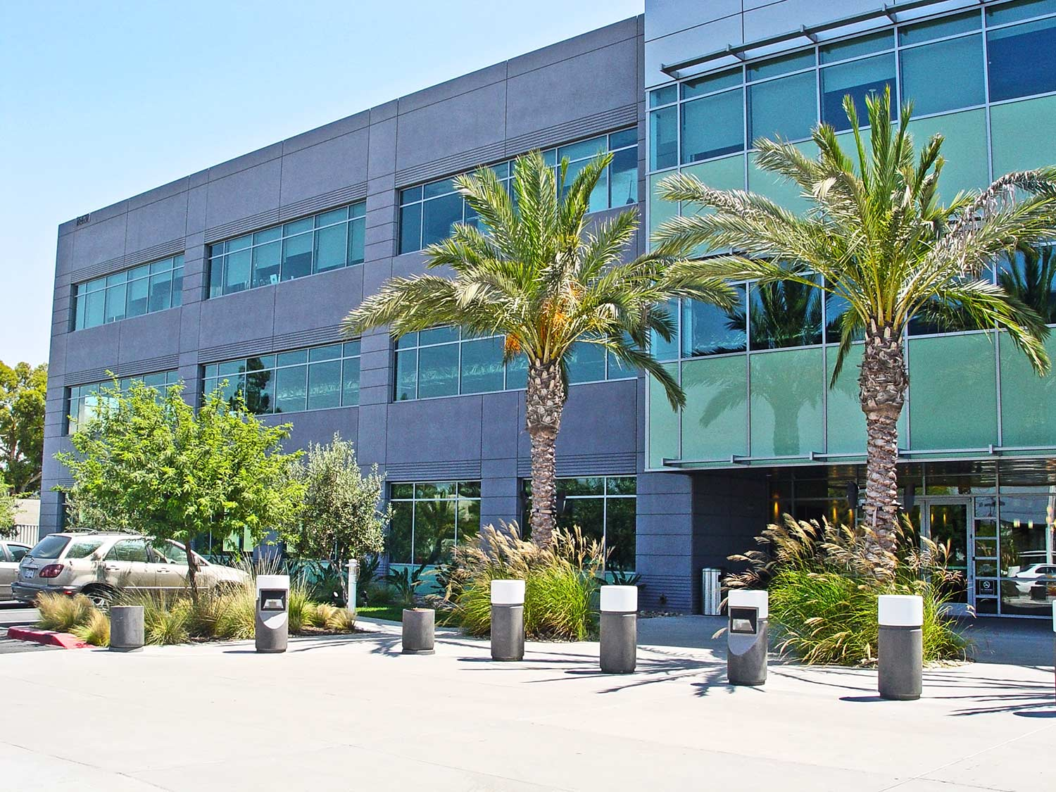 Commercial offices in Rancho Bernardo exterior