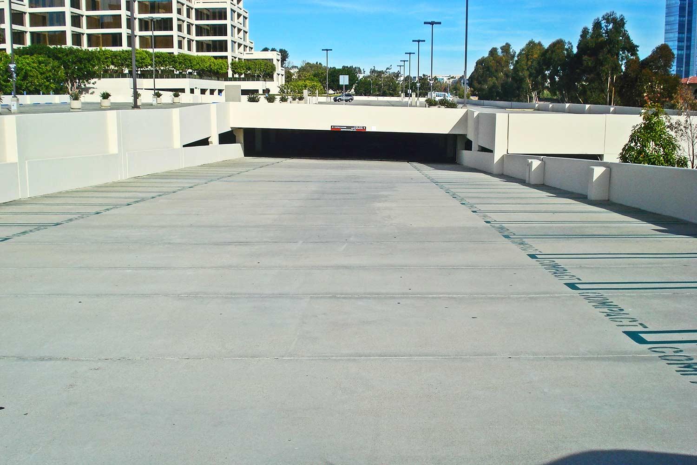 Exterior of La Jolla Gateway parking lot