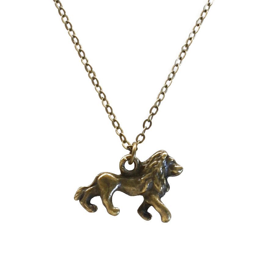 Brave and courageous you have the heart of the lion - let this bronze charm necklace show off your royal pride! Beach Life Charm Necklaces are the perfect summer accessory for those long afternoons on the beach with your friends! O Yeah!