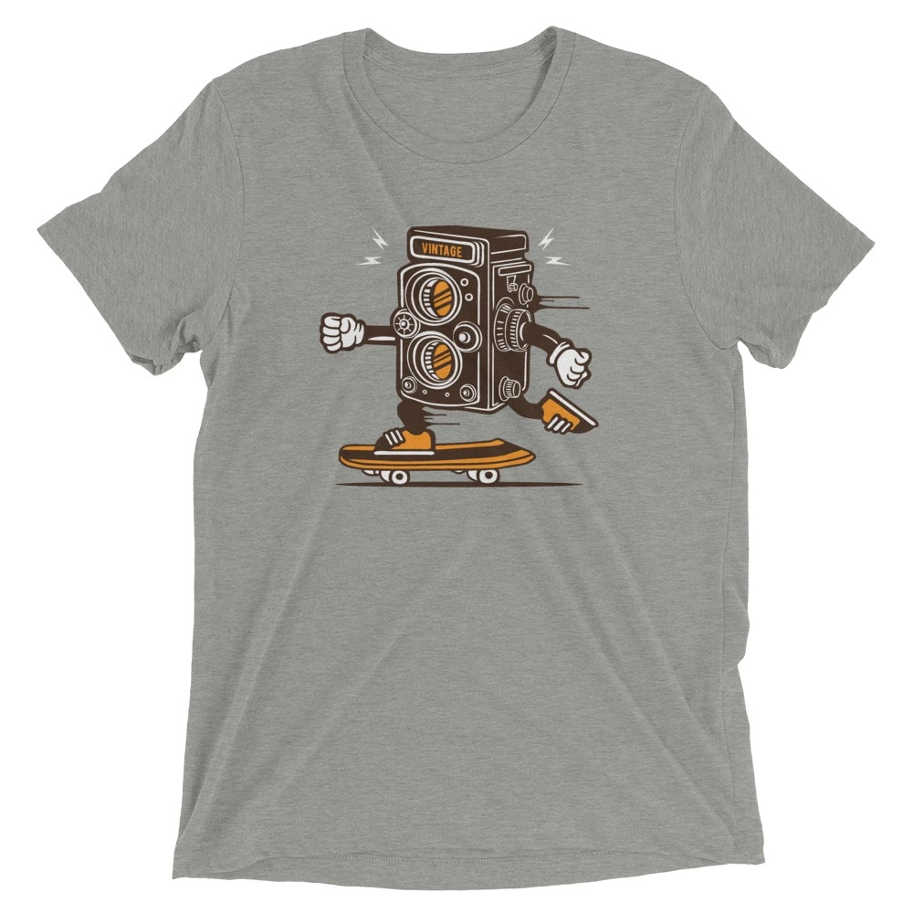 Vintage camera skateboarding - Tri-Blend T-Shirt, unisex