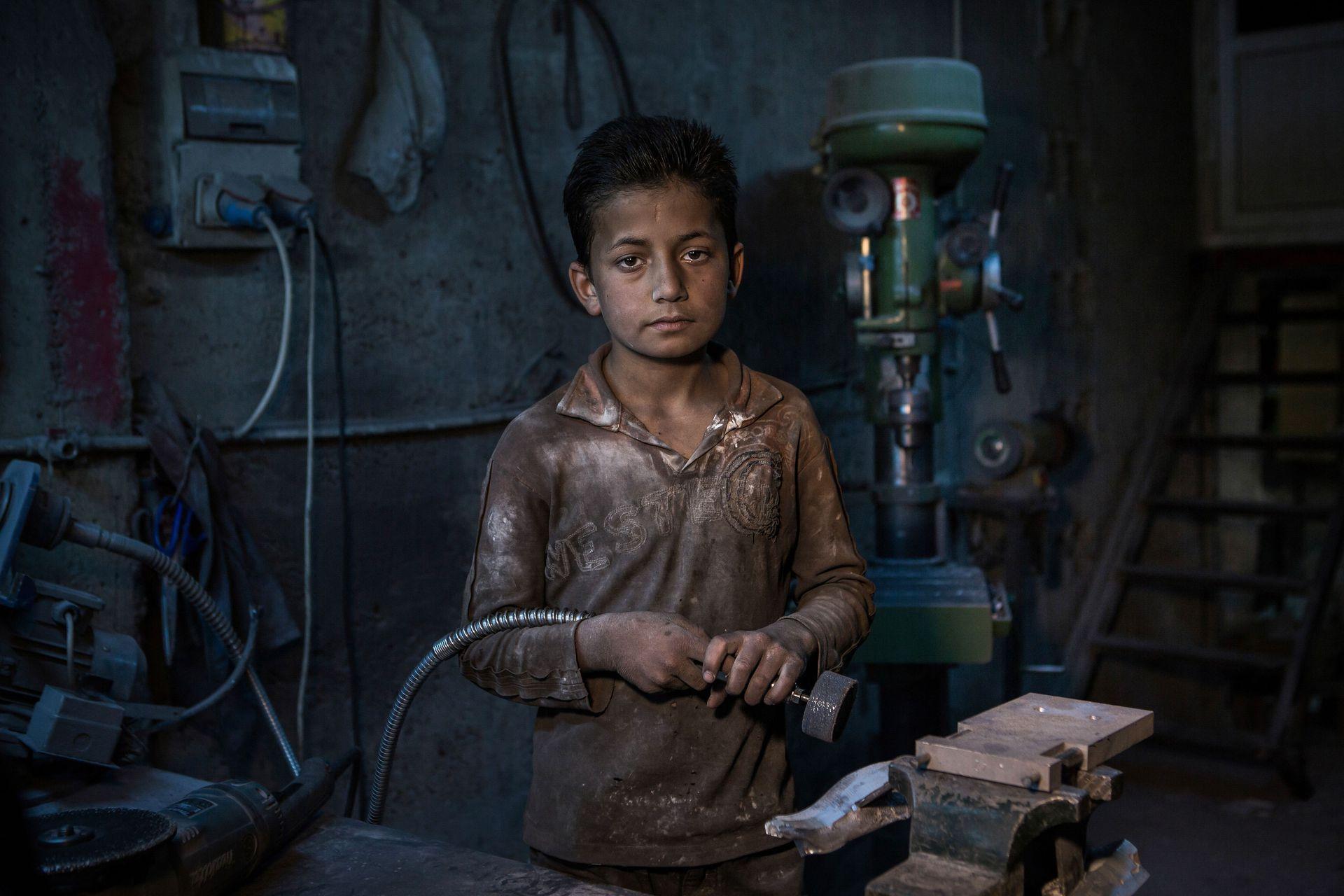 foto van jongetje kinderarbeid in Turkije door fotograaf Cigdem Yuksel