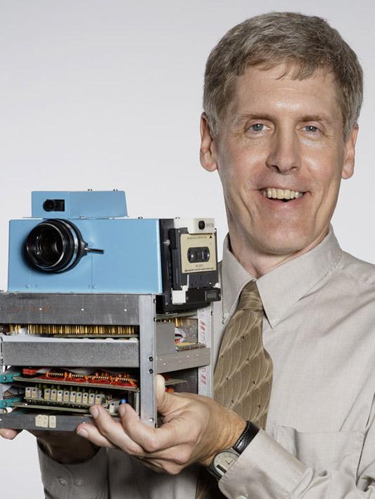 Uitvinder digitale camera geëerd