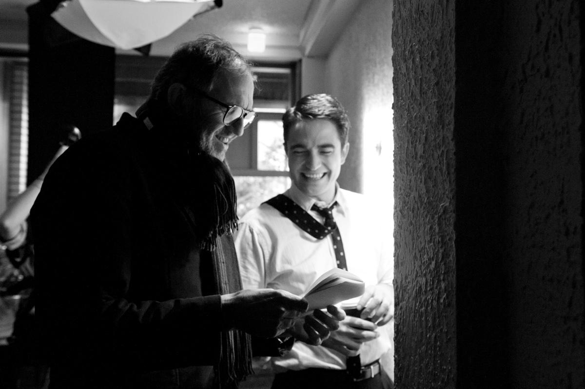 Regisseur Anton Corbijn met Robert Pattinson