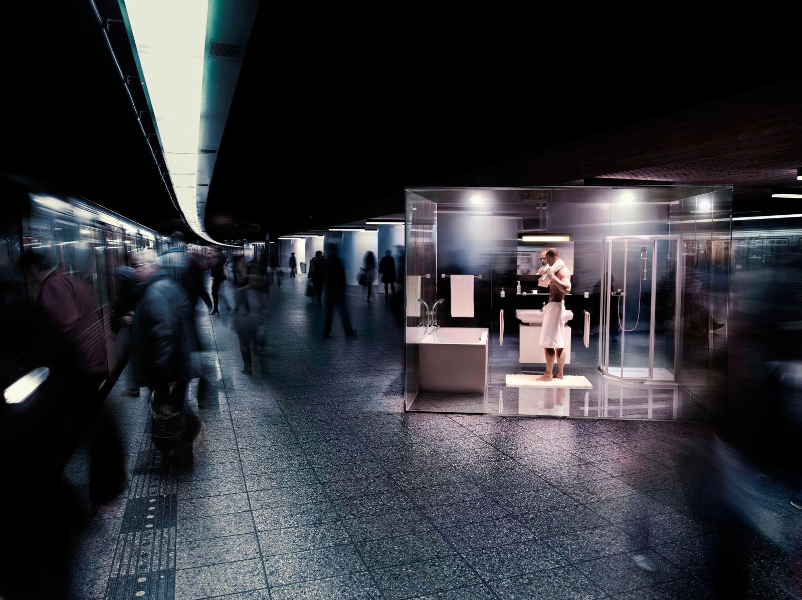 Favoriete foto van reclamefotograaf Vincent Kruijt in opdracht van het Rotterdams reclamebureau ARA voor een campagne van Sphinx voor badkamers en sanitair met als thema 'mijn domein'.