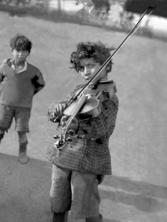 foto de kleine violist van jan de jong