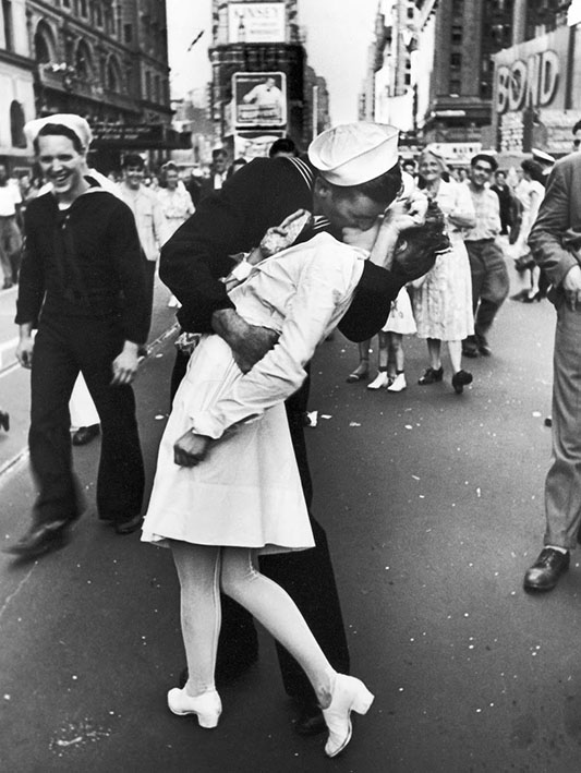 V-J Day, Times Square, 1945 (The Kiss)