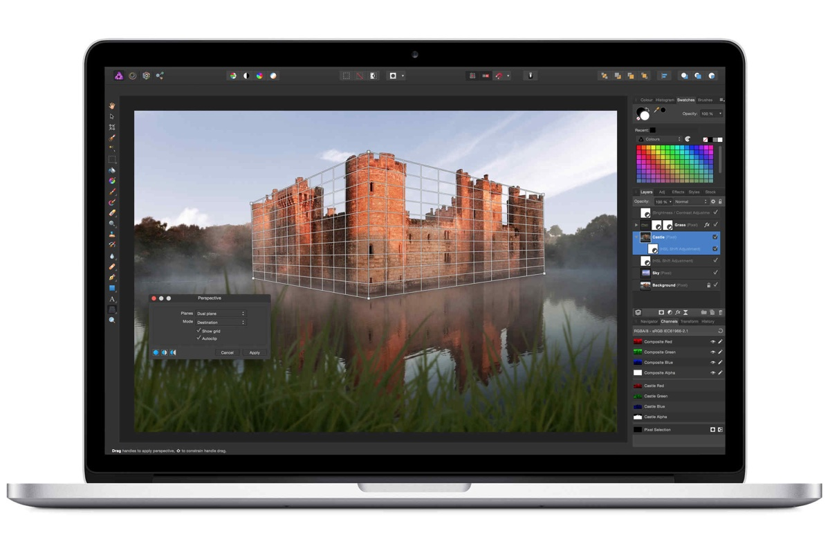 beeldscherm met applicatie affinity photo