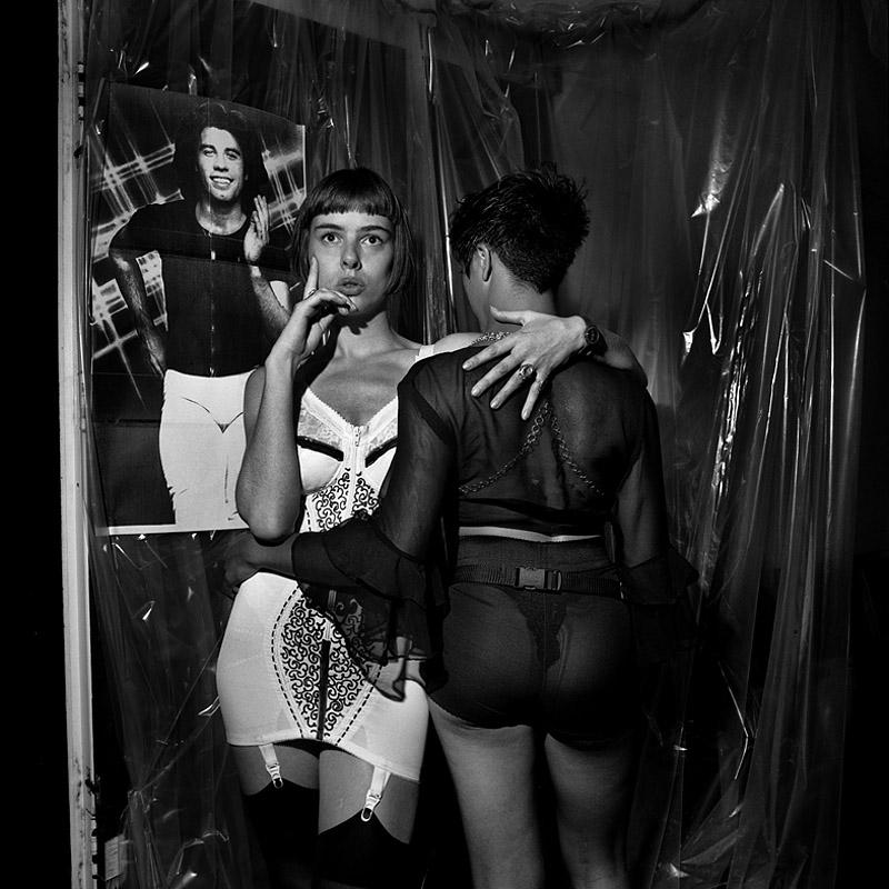 foto: Gerard Wessel - een van de eerste housefeesten met twee dames