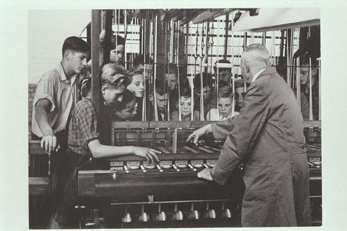 foto: Martien Coppens / Brabant-Collectie/UvT | Kinderen bij carillon