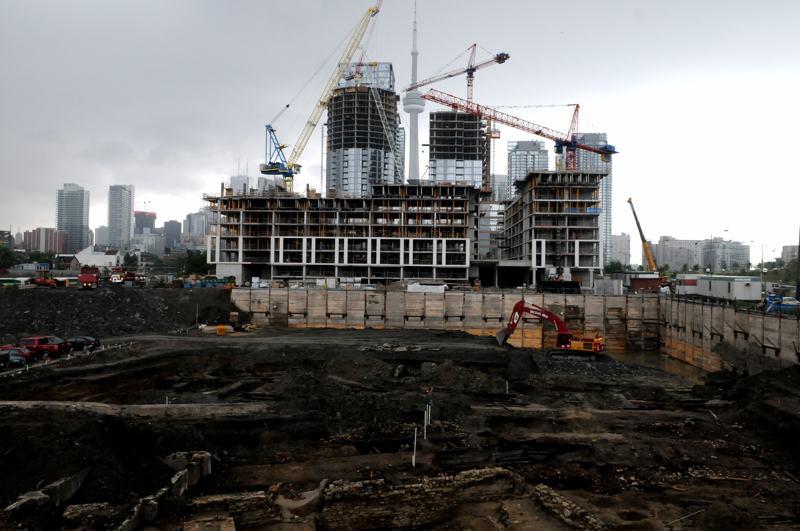 foto: © Tom van der Leij | Toronto is een jonge stad waar volop gebouwd wordt