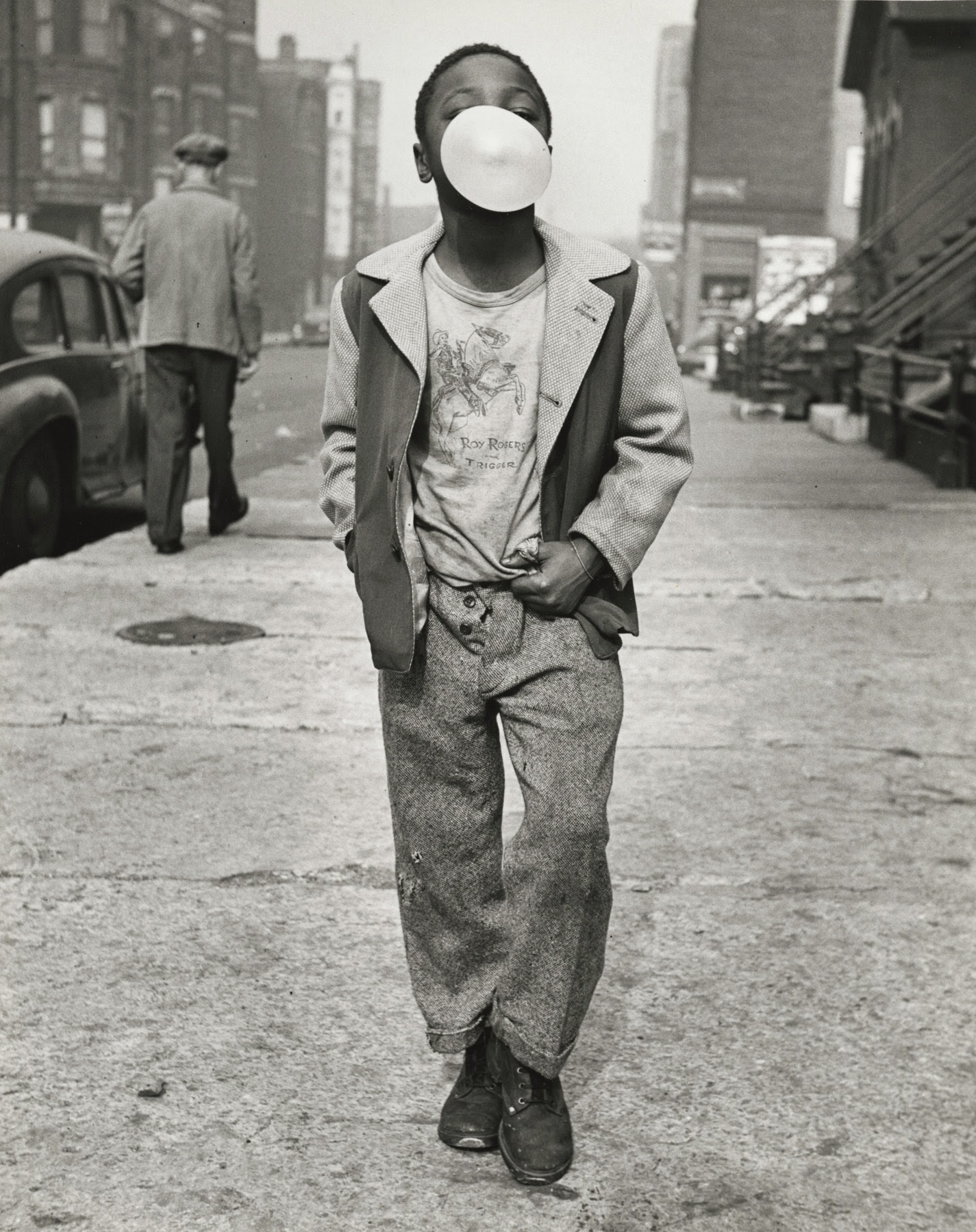 ‍© Marvin Newman, Boy Blowing Bubble Gum, Chicago, 1951 | Courtesy of Howard Greenberg Gallery