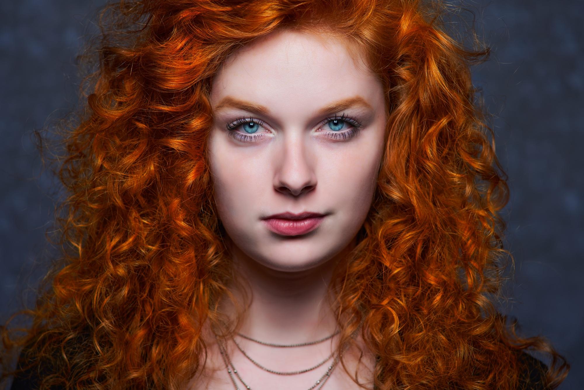 foto: © Frank Doorhof - model met rode krullen