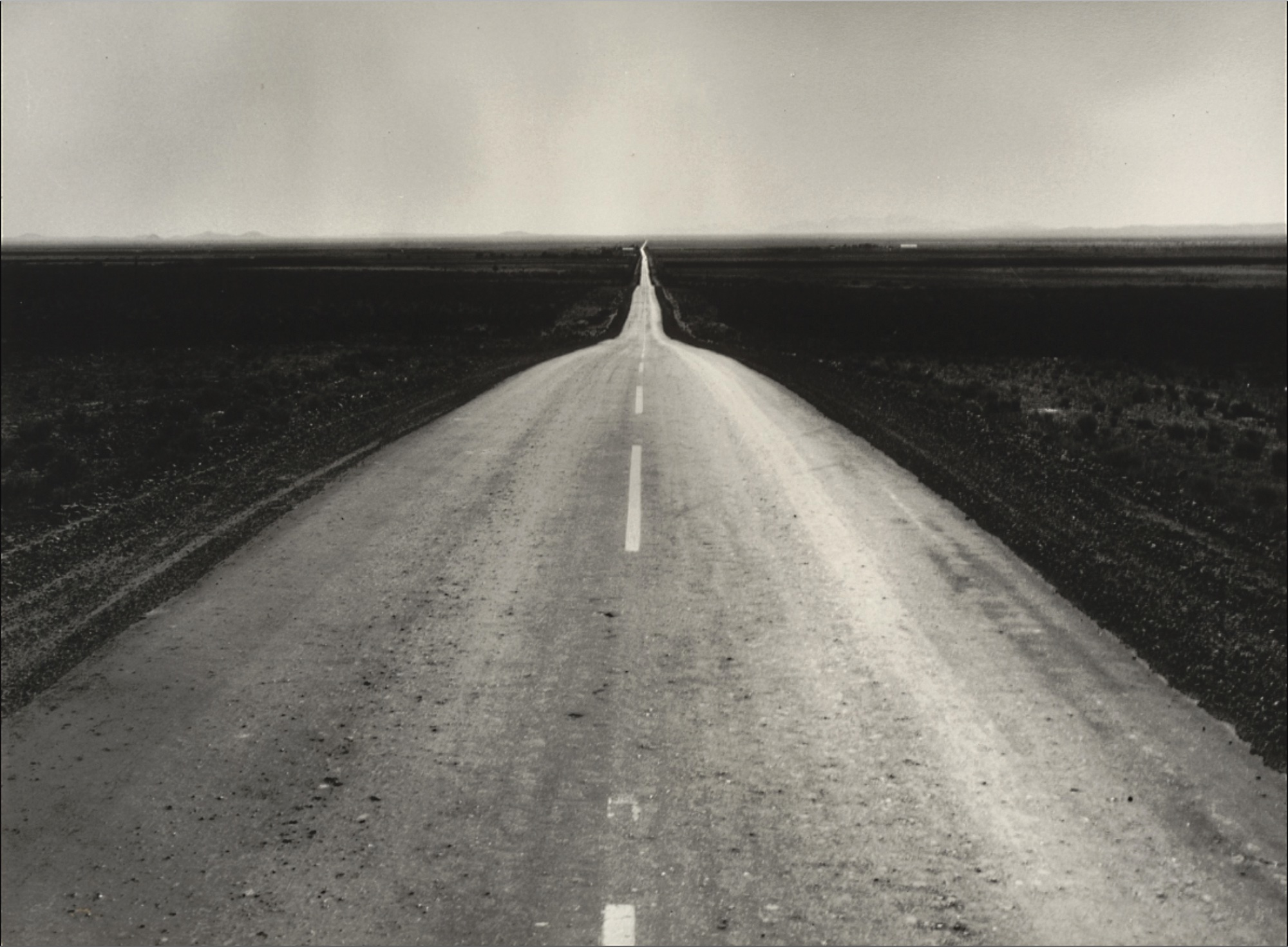 foto: © Dorothea Lange - The Road West, New Mexico, 1938