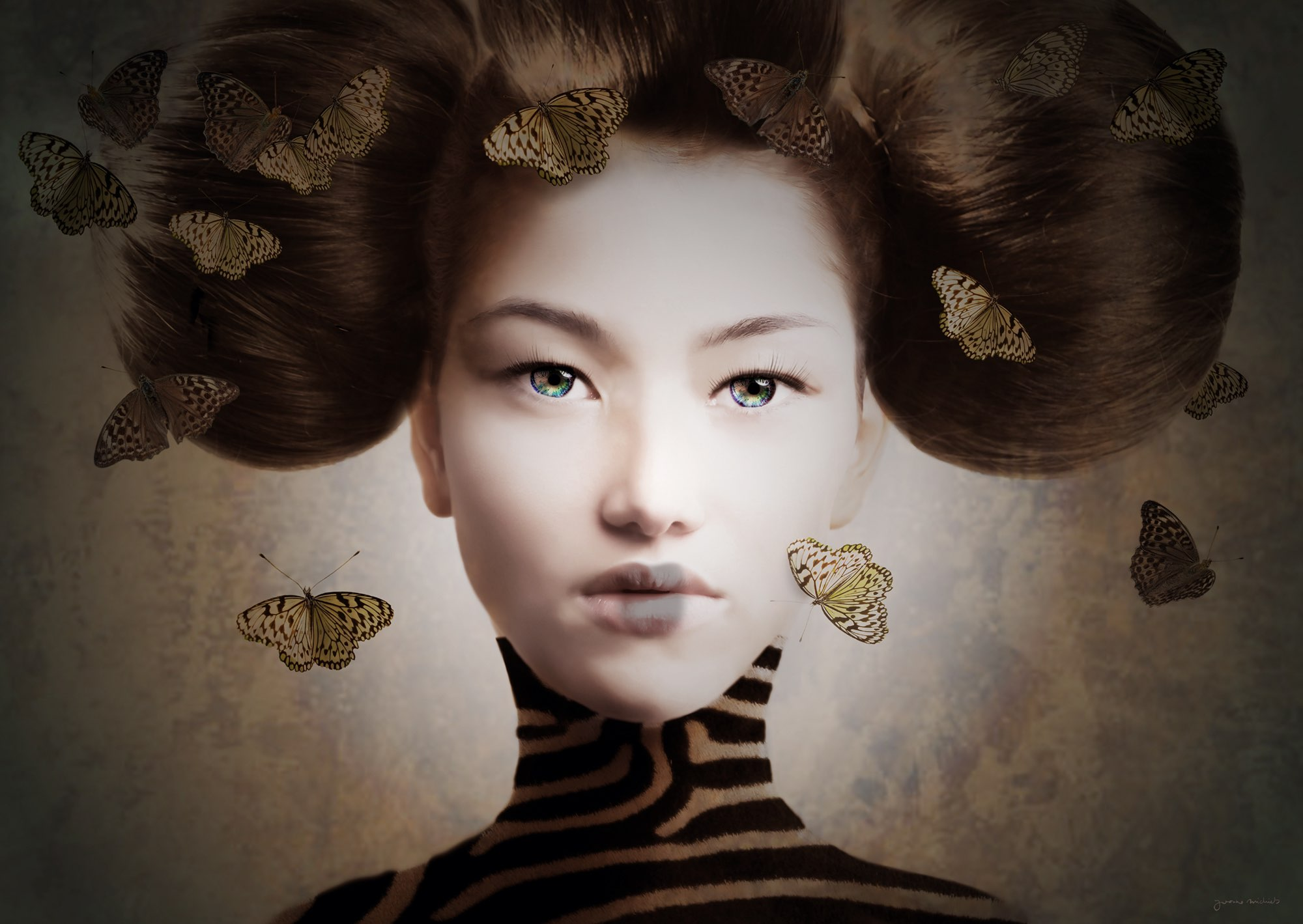 fotoportret van vrouw met bijzondere haardracht