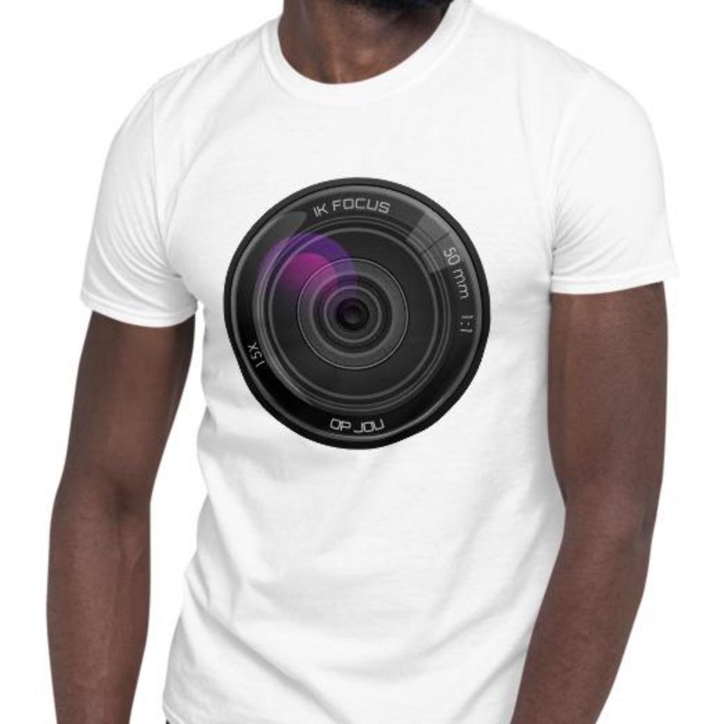 Fotografie cadeau: T-shirt met korte mouwenbedrukt met camera sluiter en tekst Ik Focus op Jou