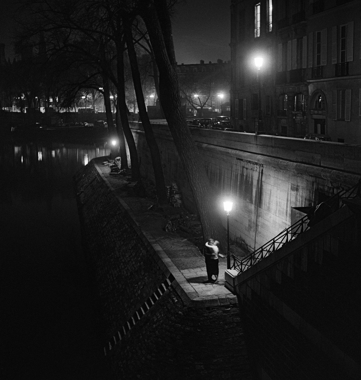 foto: © Kees Scherer - Kus aan de Seine, Parijs