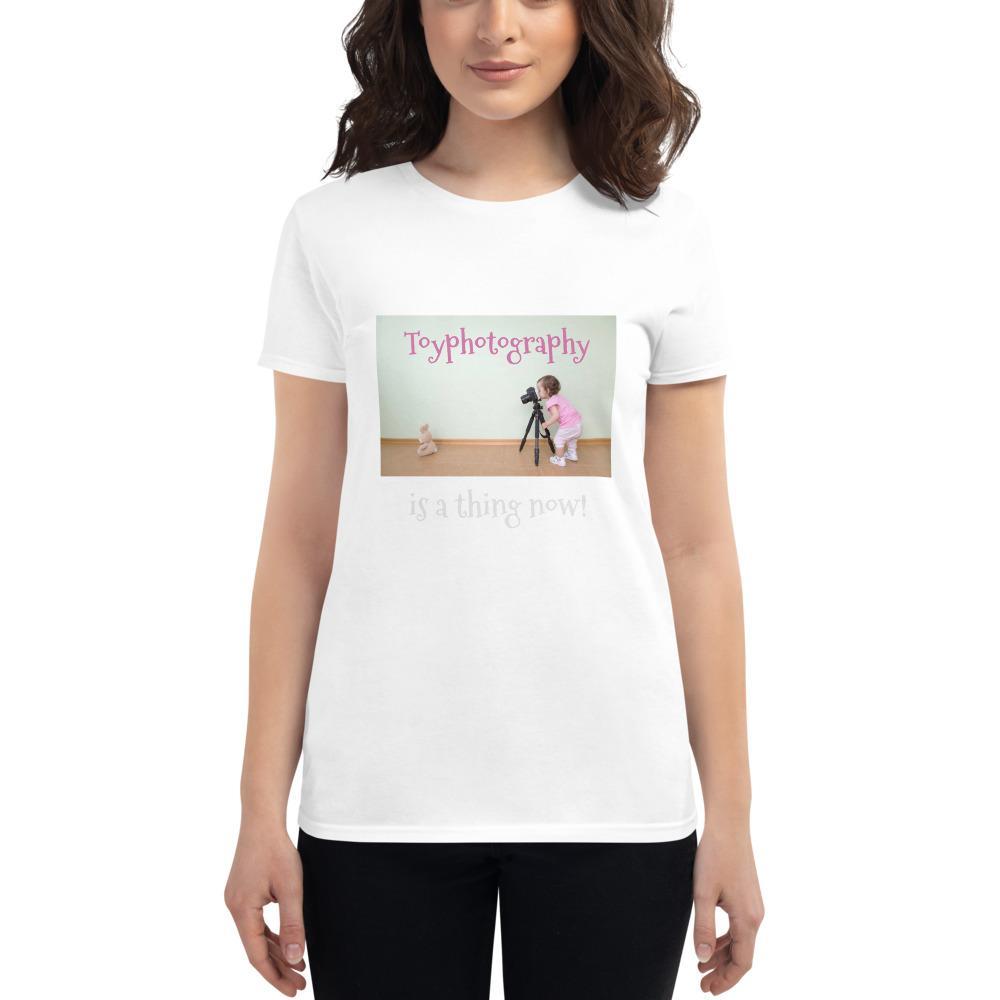 Fotografie cadeau: T-shirt met korte mouwen met Toyphotography embleem voor dames