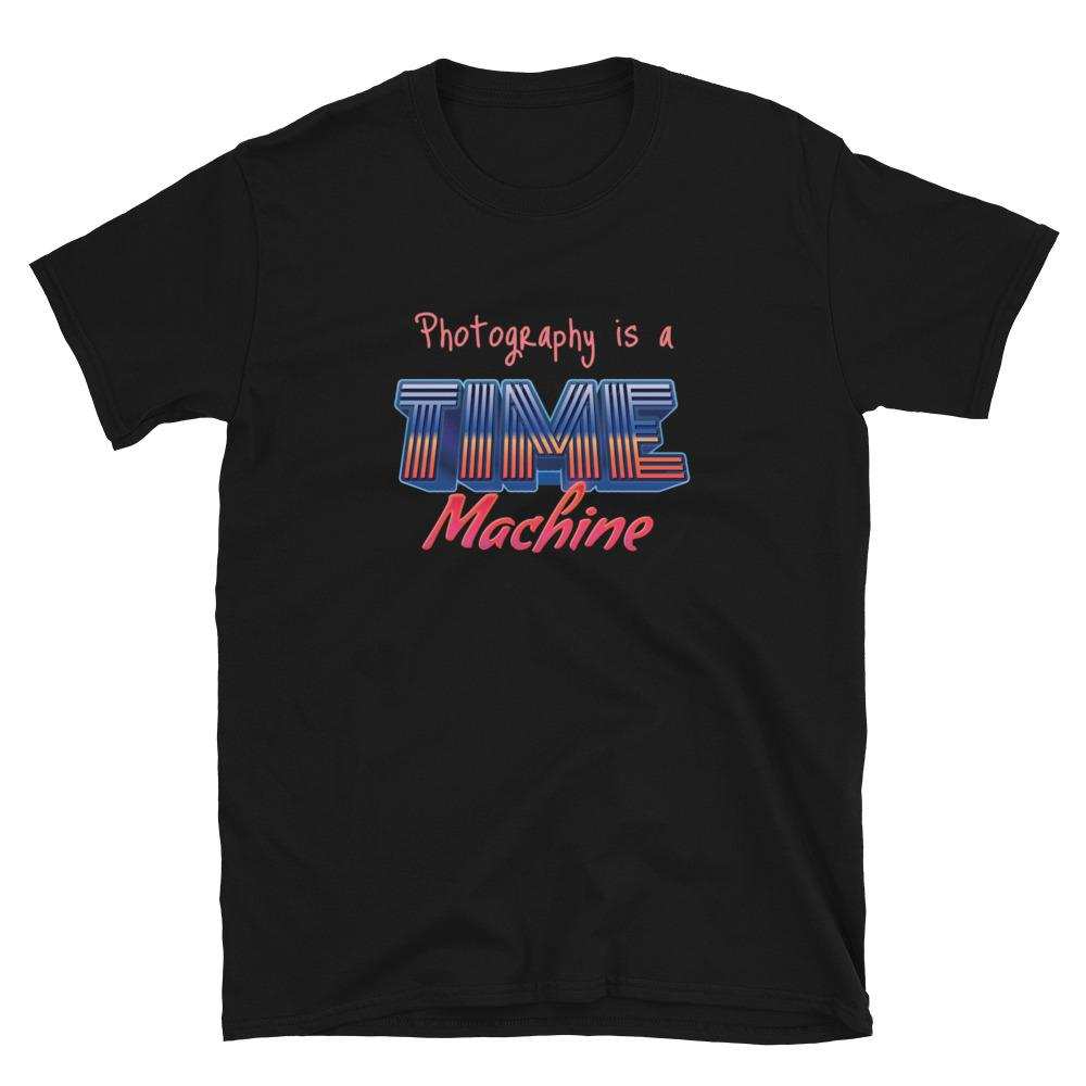 Fotografie cadeau: T-shirt met korte mouwen bedrukt met Photography is a Time Machine