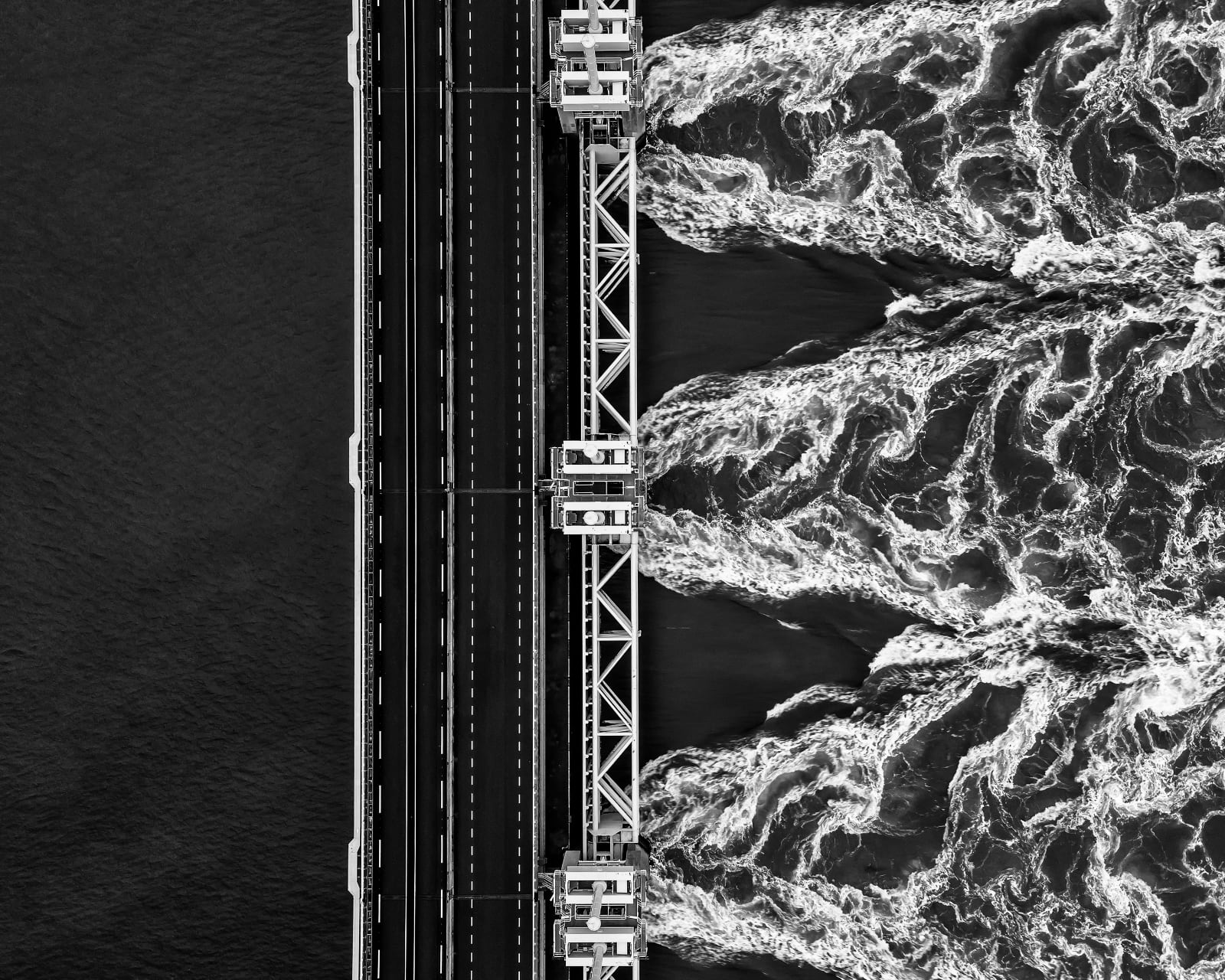 © Ruud Peters, Netherlands, Shortlist, Open, Motion, 2021 Sony World Photography Awards - luchtfoto Oosterscheldekering, X3