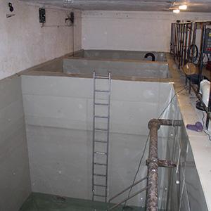 Vyplášťování betonových záchytných van pro pitnou vodu