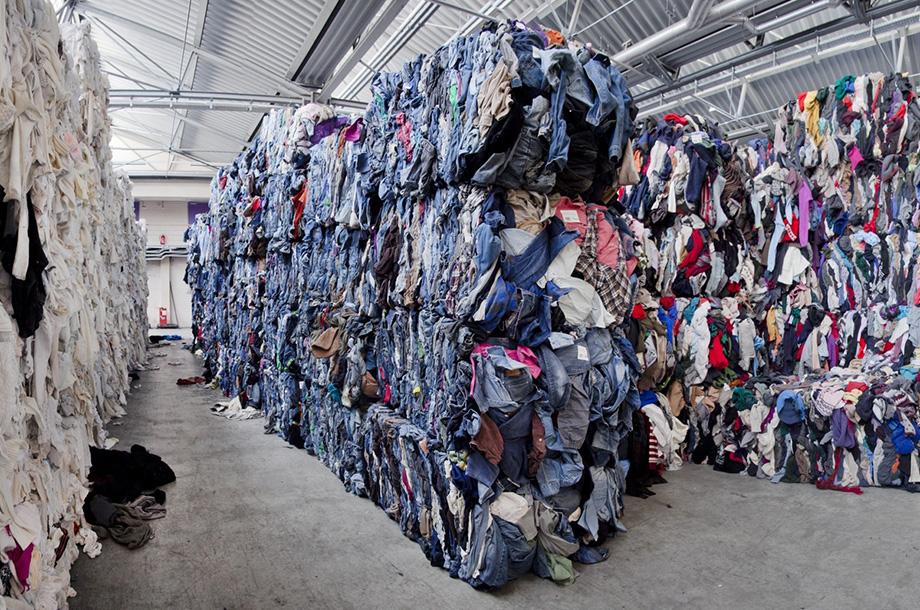 Tekstiilijätteistä valmistetut tuotteet