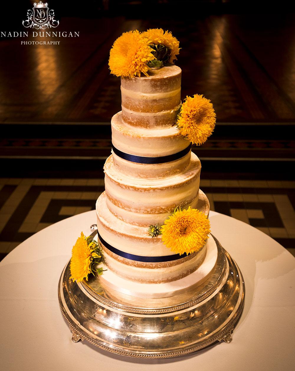 Semi-naked wedding cake, naked wedding cakes