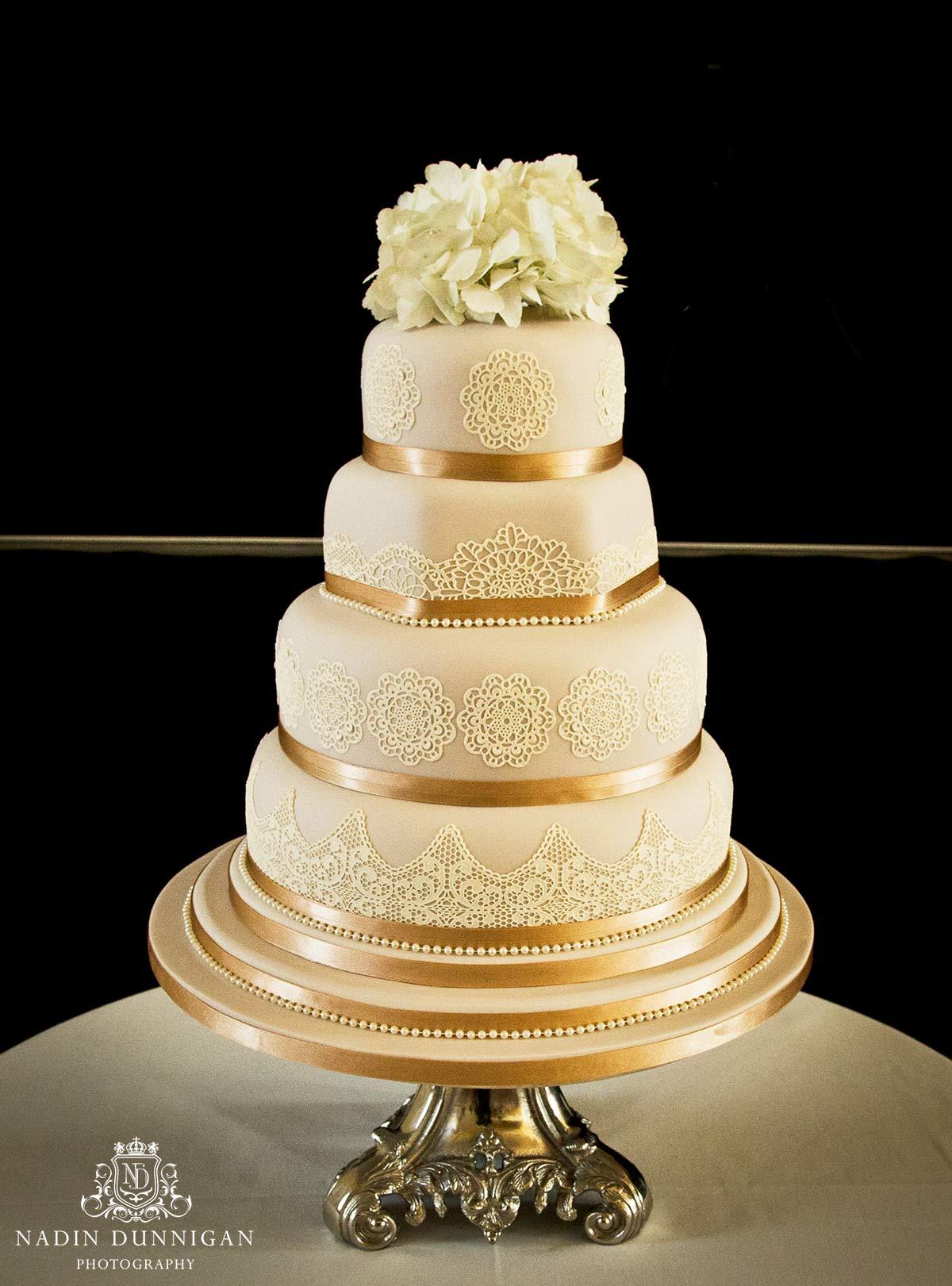 Lace wedding cake, naked wedding cakes