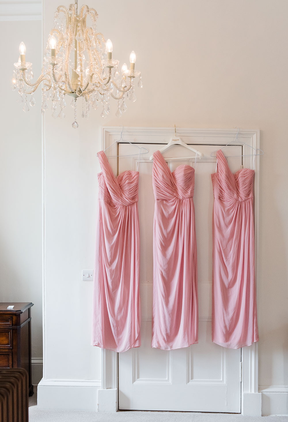 The bridesmaids dresses, how long does a wedding photographer stay