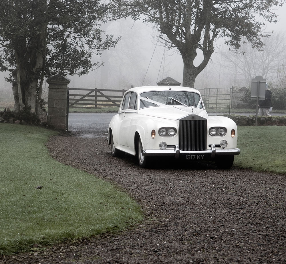 The ideal way to arrive at your wedding, winter wedding planning