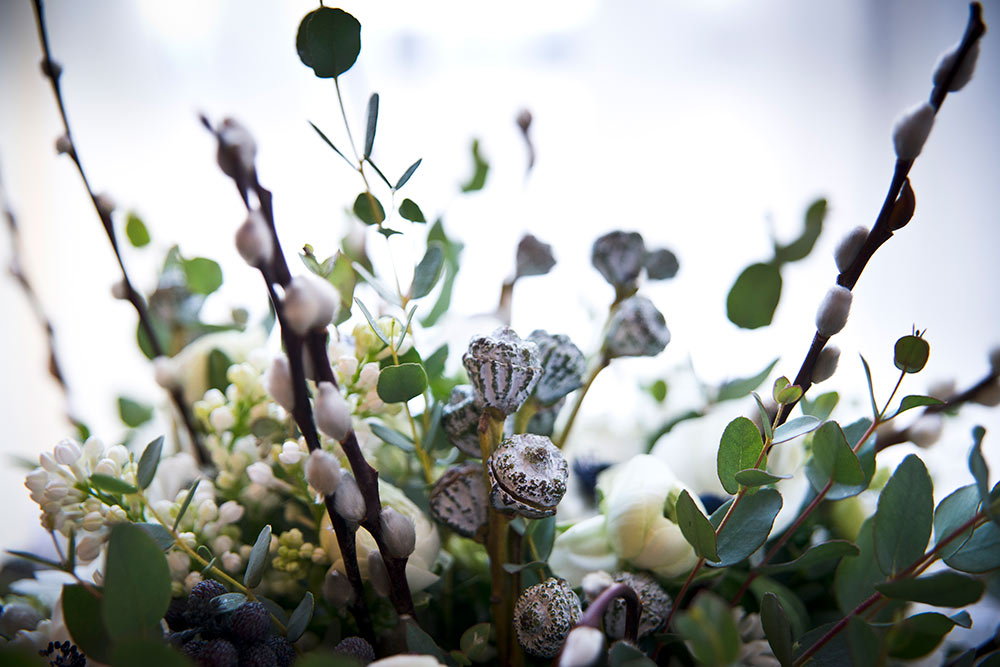 Flowers picked to match the seasonal colours, winter wedding planning