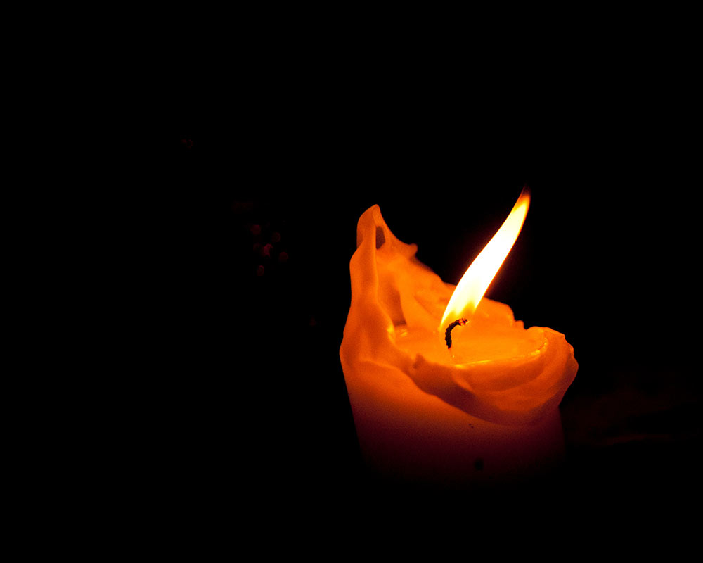 The warmth of a candle on a winters evening, winter wedding planning